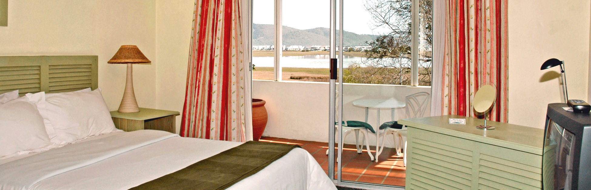 Accommodation at Lagoona Inn, Guest House, Knysna Garden Route South Africa